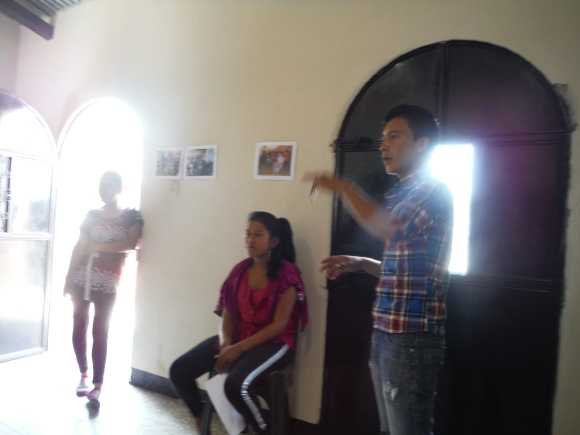 Selvin explaining the proposal to students at the Association meeting